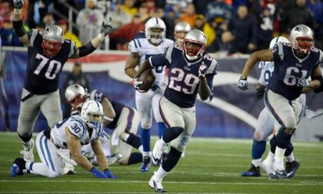 New England Patriots running back LeGarrette Blount heads for a touchdown against the Indianapolis Colts