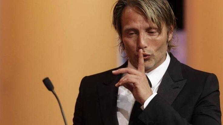 APTOPIX France Cannes Awards Ceremony (910×512)