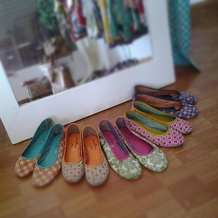 batik shoes