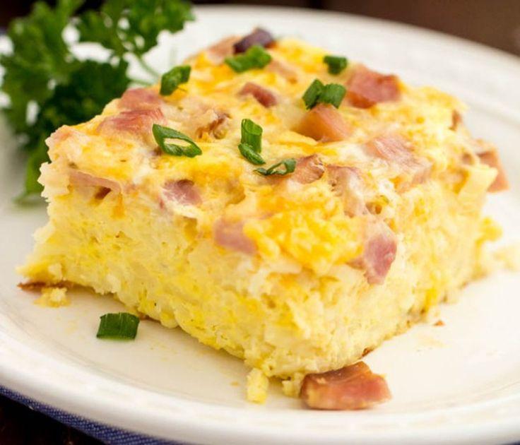 Ce matin, je vous propose une délicieuse casserole déjeuner qui est absolument parfaite pour les brunchs! Bon appétit :)