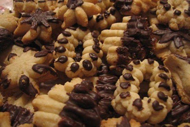 Retete Culinare - Fursecuri fragede de se topesc in gura