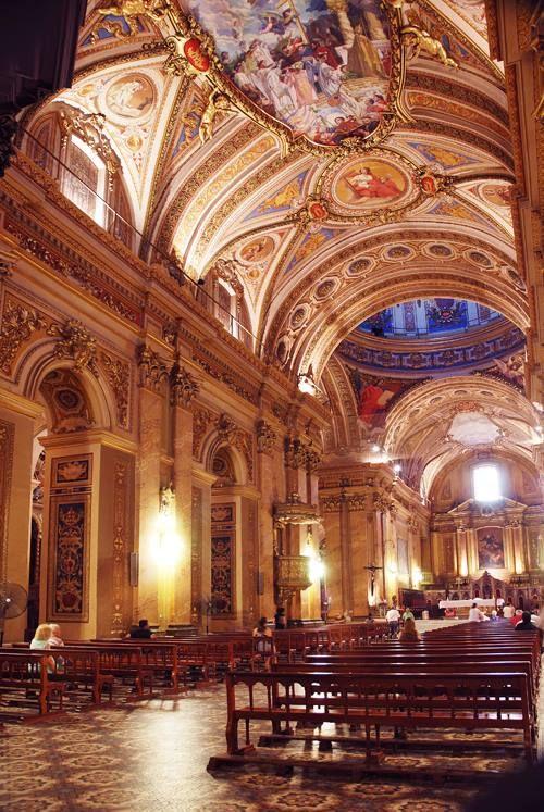 Interior de la Catedral de Córdoba, Argentina