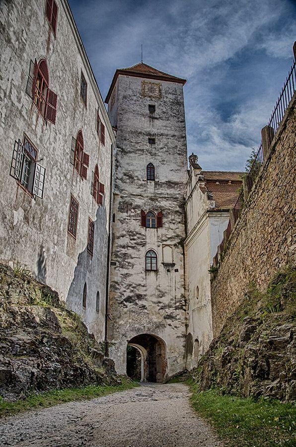 hrad / castle Bitov