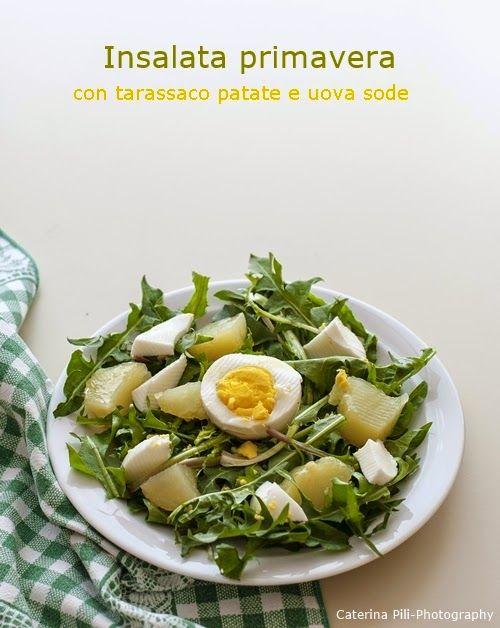 Insalata primavera con tarassaco patate e uova sode