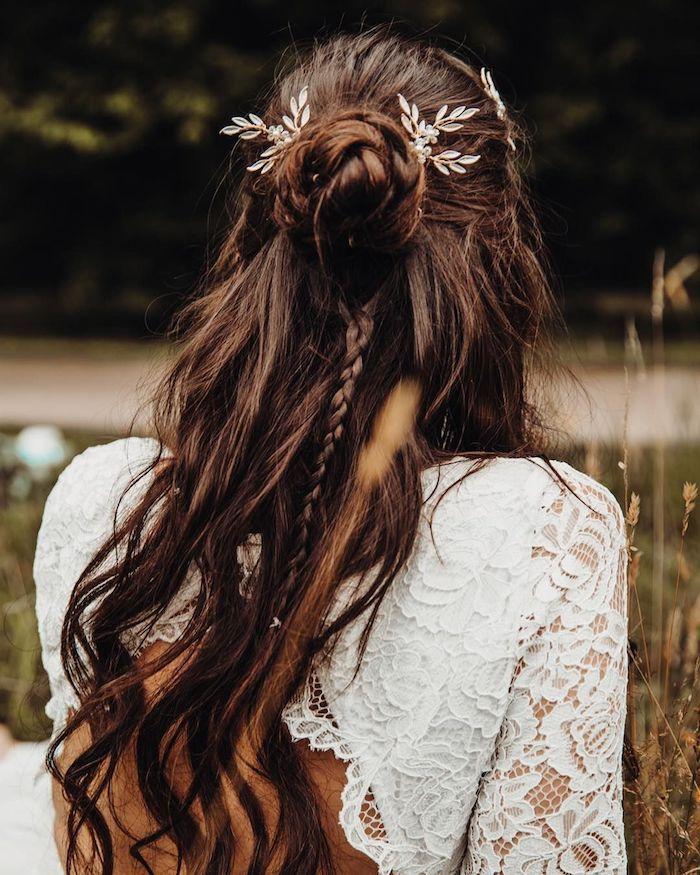 1001 Wunderschone Ideen Zum Thema Brautfrisur Halboffen Brautfrisur Brautfrisuren Lange Haare Hochzeitsfrisuren