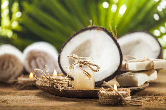 Kokosöl Kosmetik selber machen - Rezept für selbst gemachtes Anti-Schuppen-Shampoo mit Kokosöl mit nur 4 Zutaten - ist schnell selbst hergestellt und wirksam gegen Schuppen ...