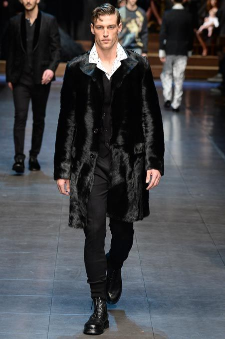 Dolce & Gabbana Fall 2015 Menswear - Collection - Gallery - Style.com: