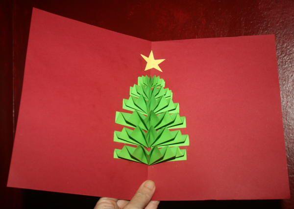 Biglietto natalizio pop up con albero di Natale