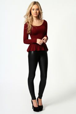 FINALLY! A long sleeve peplum. plus i love this outfit