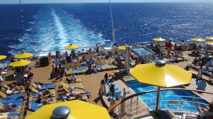 Det er fantastisk at tage på krydstogt i Middelhavet, for vejret er dejligt fra april til oktober, og det tager kun et par timer i fly at komme derned. Ud over det gode vejr, så er der mange fantastiske destinationer…Læs mere ›
