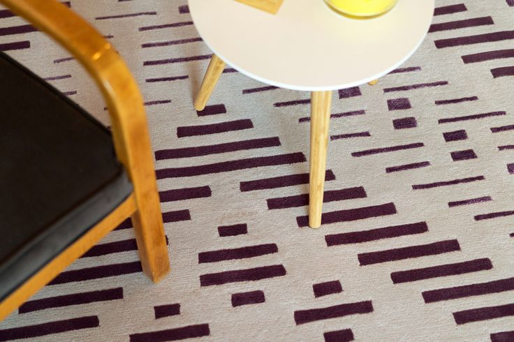 Dare to Rug <Hyper> from the 'Romanian Moods' Collection.   Hand-tufted with the best New Zealand wool.   #daretorug #daretodesign