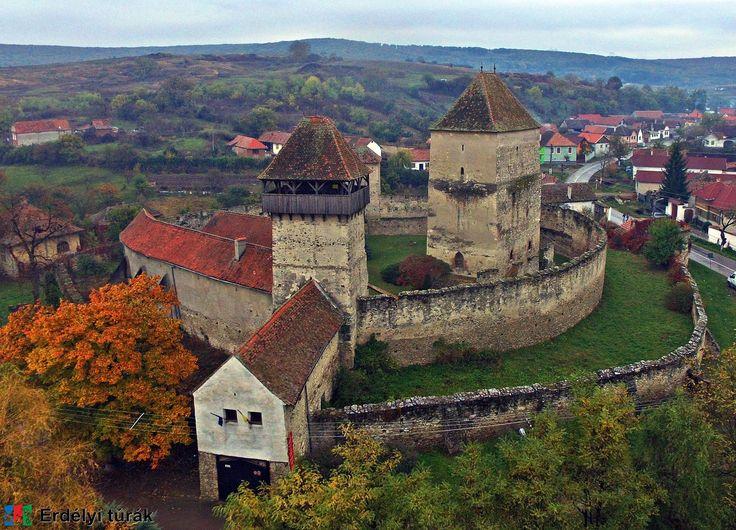 Kelnek vára - Travel to Transylvania