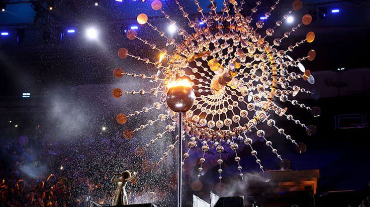Chama olímpica foi apagada em um ato cheio de simbolismo