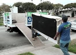 Advantages Of Hiring Junk Removal Services