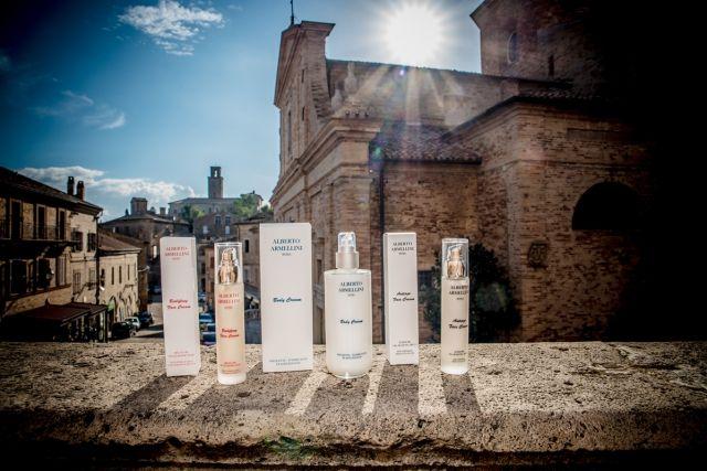http://www.spytwins.com/trends/Ultime_Tendenze/Un_viaggio_destinazione_bellezza___nasce_una_nuova_linea_cosmetica_-01030.html