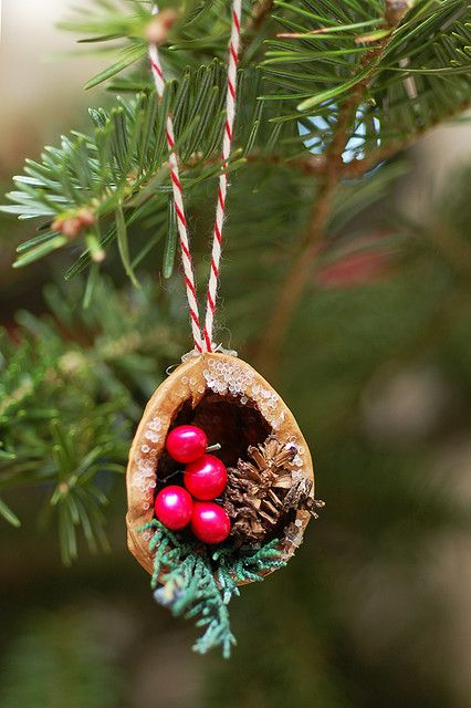 walnut ornament #christmasdecoration #christmastoy #walnutdecor