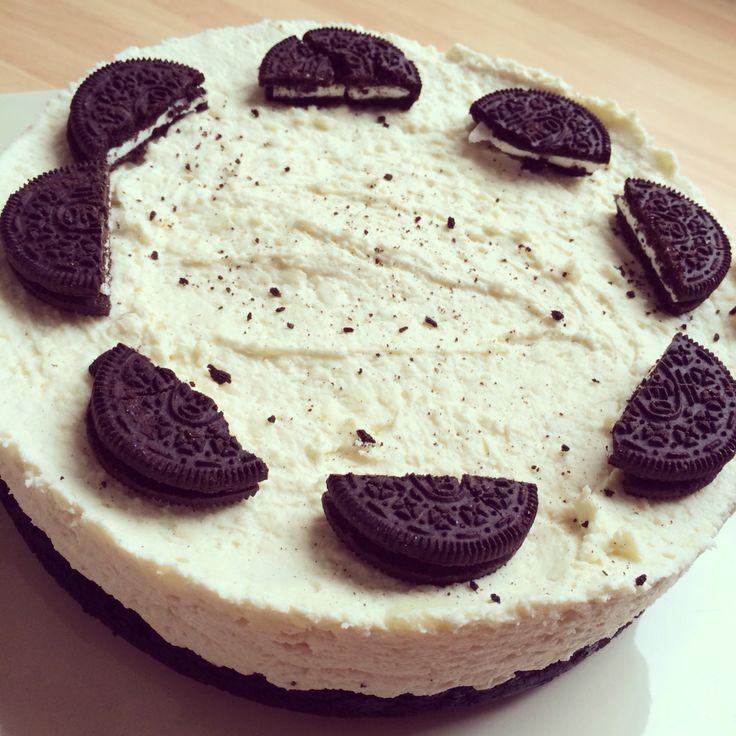 Super tasty, Oreo and White choc no bake cheesecake