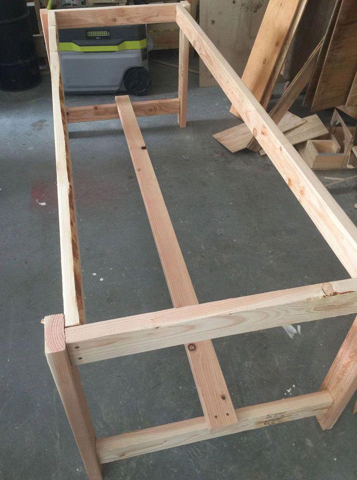 Ana White Beginner Farm Table (2 Tools + 50 Lumber