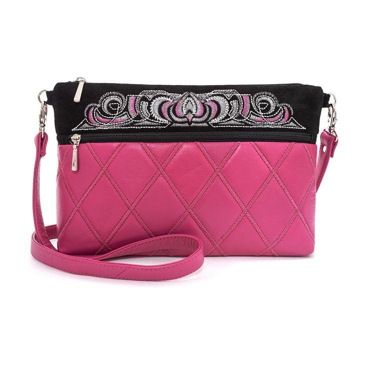 Кожаная женская сумка с вышивкой