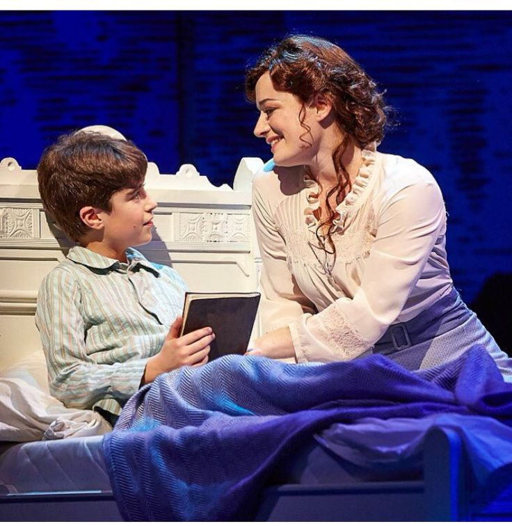 """If you close your eyes and count to ten, you'll hear your dreams are calling again"" #FindingNeverland"