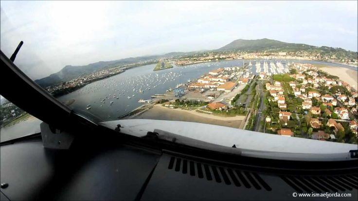 Landing approach San Sebastian airport