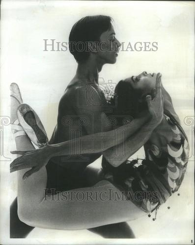 1968 Press Photo Harkness Ballet Brunilda Ruiz Lawrence Rhodes ~~Time Out  of Mind (Brian Macdonald)