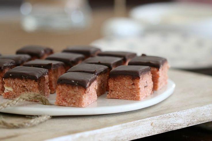 Cherry Ripe Slice (No-Bake)