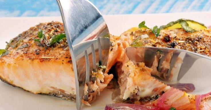 Vous aimez le saumon, cuisinez-le avec une légère panure, un enrobage de chapelure.