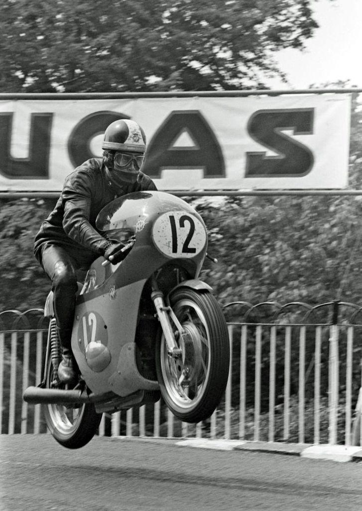 Giacomo Agostini On His Mv Agusta 350 On The Isle Of Man