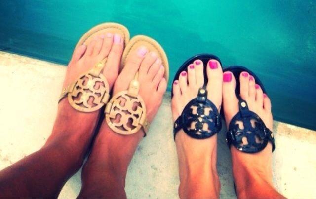 tory burch sandals. ♡