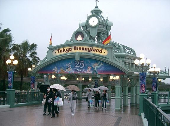 best places to hook up in disneyland California has many great  and other unique places to lay  plenty of campgrounds near los angeles-area theme parks including disneyland and universal studios .