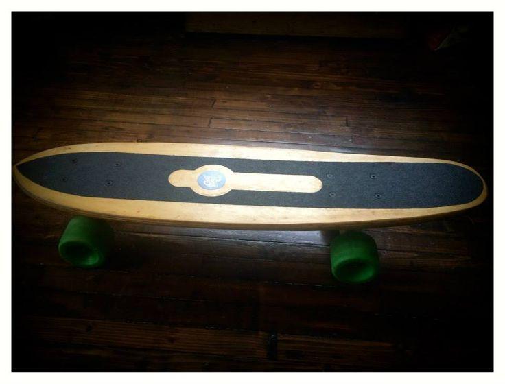 Beautifully knackered 76-77 skateboard. Plywood deck, gold Gull Wing HPG trucks, classic green Kryptonics – hard and fast – Sims gold bearings, Rad Pad risers.
