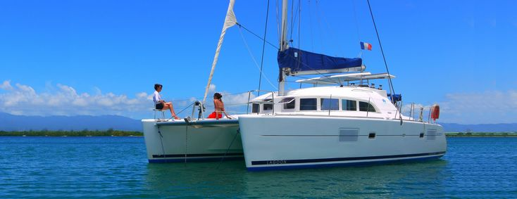 BVI Bareboat Charter Yachts - Built in 2006, this Lagoon catamaran is the ultimate in luxury and comfort, speed and style! With her truly original interior layout and clever deck design