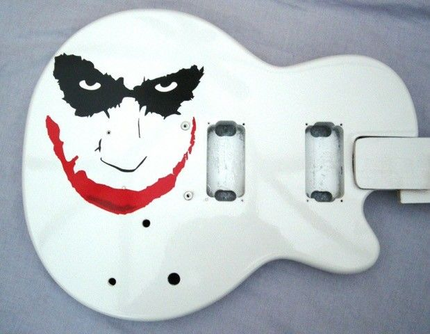 Jamie's Epiphone i custom painted Joker theme 2006.