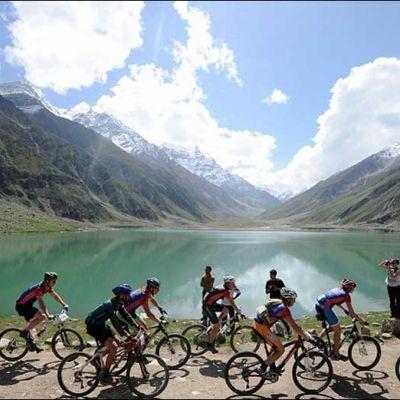 Grab your Mountain bike and head for the Himalayas #cycling #himalayas