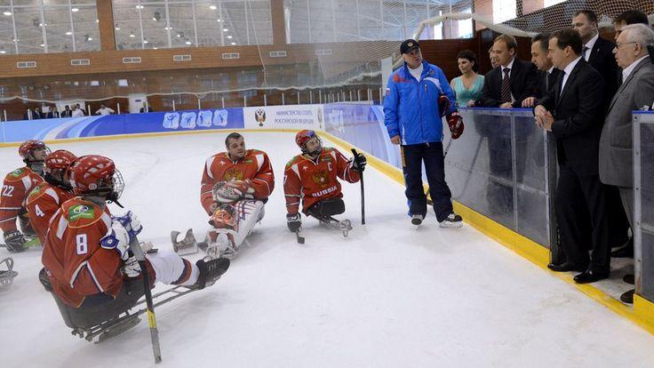 Dmitry Lisov: Captain of Russia's National Sledge Hockey Team - http://thehockeywriters.com/dmitry-lisov-captain-of-russias-national-sledge-hockey-team/