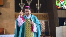 ¿Qué twittean los sacerdotes?, En P. Evaristo Sada LC : Diario de tweets de…