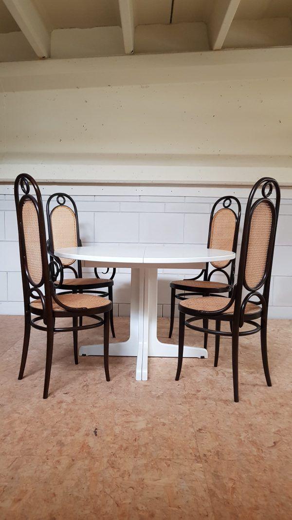 Een pareltje! Uittrekbare Thonet tafel voor de echte Thonet liefhebber!