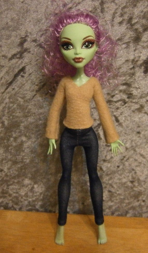 tan top and   pants outfit for monster high dolls by moonsight68, $6.50