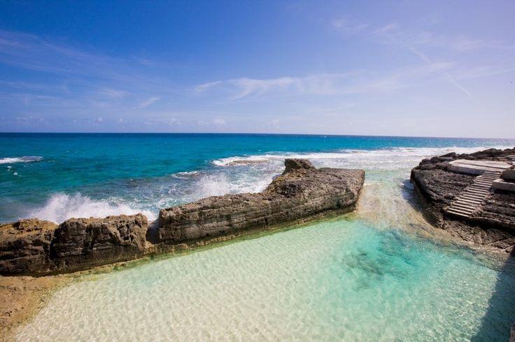 Infinity pool at the Bahamas