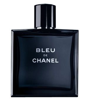 Bleu de Chanel Chanel. The fragrance features labdanum, nutmeg, ginger, sandalwood, patchouli, mint, jasmine, grapefruit, citruses, vetiver, incense, cedar and pink pepper.
