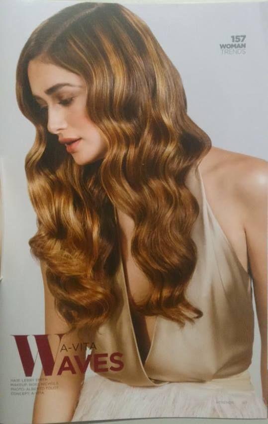 La stampa di settore non fa calare la propria attenzione verso i prodotti AloXXi, neanche in estate: stavolta tocca alla rivista Hair Trends pubblicare una pagina dedicata agli innovativi Dimensions che schiariscono e colorano in un solo passaggio. Per un look di tendenza e capelli in pieno benessere!