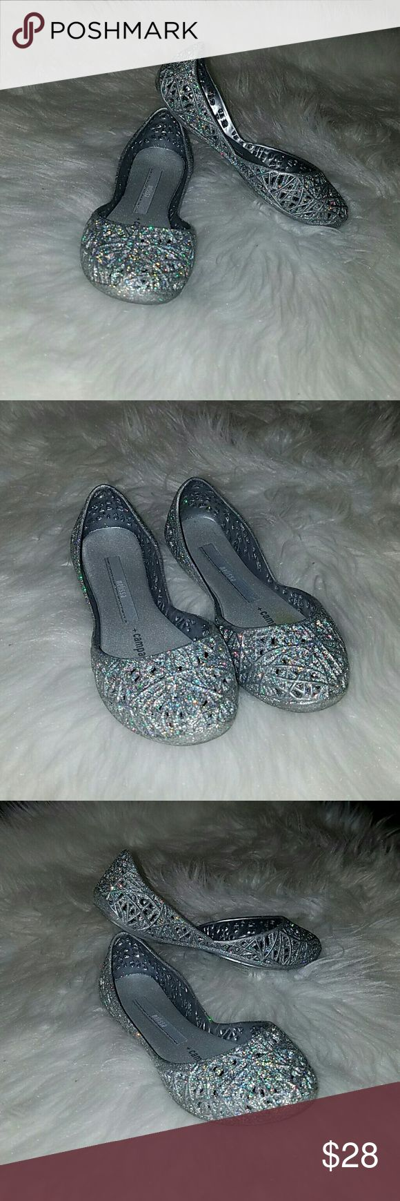 Mini Melissa Campana Zig Zag Flats Stylish webbed glitter ballet flat for kids. Made in Brazil with 100% non-toxic recyclable plastic. Made from flexible PVC with a signature fruit scent. In excellent condition. Melissa Shoes Slippers