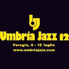Umbria Jazz 12 - Umbria Jazz, tra i più importanti festival a livello internazionale, ha visto fin dalla sua nascita nel 1973 i più grandi musicisti esibirsi sui suoi palchi.   Negli anni il Festival ha cambiato volto nella formula, ma non ha mai tradito lo spiri...