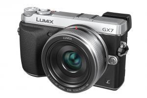 Panasonic Lumix GX7 : fiche technique, test comparatif et avis