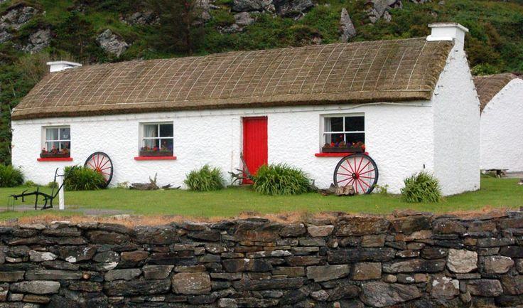 13 best images about irish cottages on pinterest for Traditional irish cottage designs