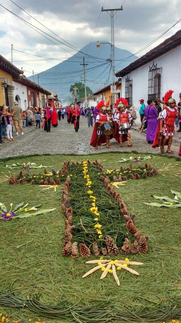Semana Santa en Antigua Guatemala.Olivia CY