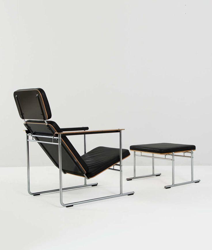 Yrjö Kukkapuro; Leather, Chromed Metal and Plywood Lounge Chair and Ottoman for Avarte, 1970s.