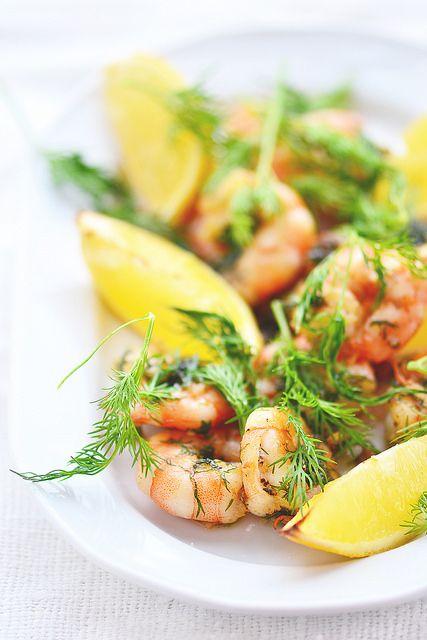 Креветки с лимоном и чесноком