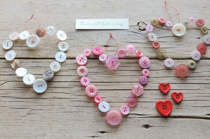 Use your old odd buttons to make these simple wired button hearts.